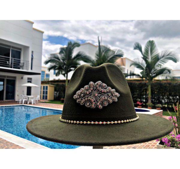 Sombrero Fedora decorado para mujer sombrero para mujer decorado colombia cucuta agudeño elegua de moda cintas artesanal elegante vueltiao sol flores playa soledad Valledupar cabalgata vaquero Neiva buga fiesta decorado bisuteria