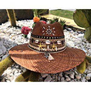 sombrero para mujer con adornos Ibagué Manizales decorado vueltiao de moda vaquero agudeño playa artesanal flores sol elegante Armenia bogota fiesta cintas barranquilla bello cabalgata elegua bisuteria