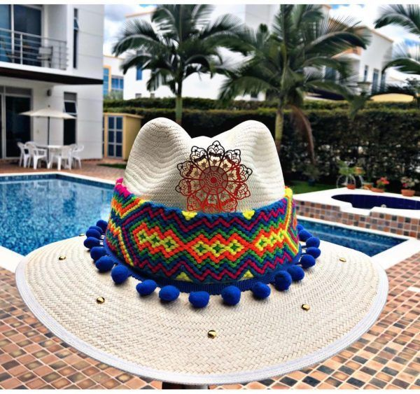 sombrero decorado para mujer flores cintas elegante bisuteria sol playa agudeño decorado artesanal elegua vaquero cabalgata de moda vueltiao Santa Marta Montería bisuteria cali cartagena bucaramanga fiesta