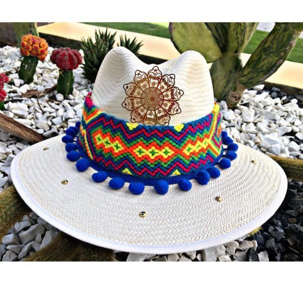 sombrero para mujer decorado vaquero cintas decorado artesanal de moda elegante playa sol elegua bisuteria flores cabalgata vueltiao agudeño Valledupar Neiva buga colombia cucuta tejido fiesta