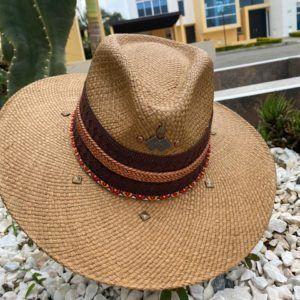 sombrero para mujer decorado flores sol vaquero bisuteria elegua de moda artesanal elegante vueltiao cintas decorado agudeño playa Manizales Armenia bogota Ibagué barranquilla bello